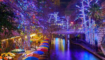 Holiday Lights of the Riverwalk - The San Antonio Nature Hounds ...
