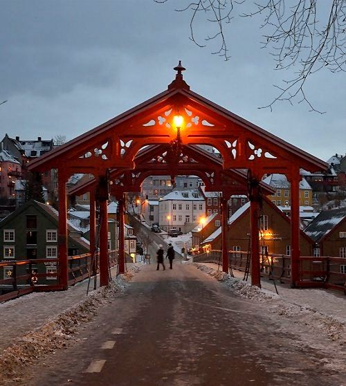 Gamle Bybro (Old Town Bridge) in Trondheim, Norway | by Wolfgang Weninger