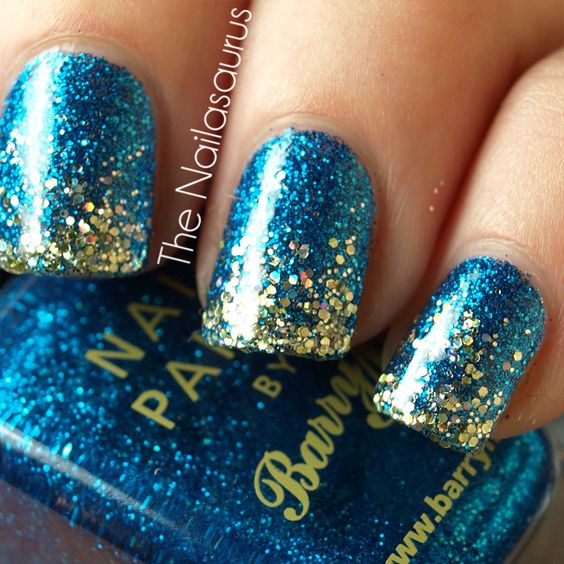 Glitter on glitter. i need that blue...mustttt haaaave
