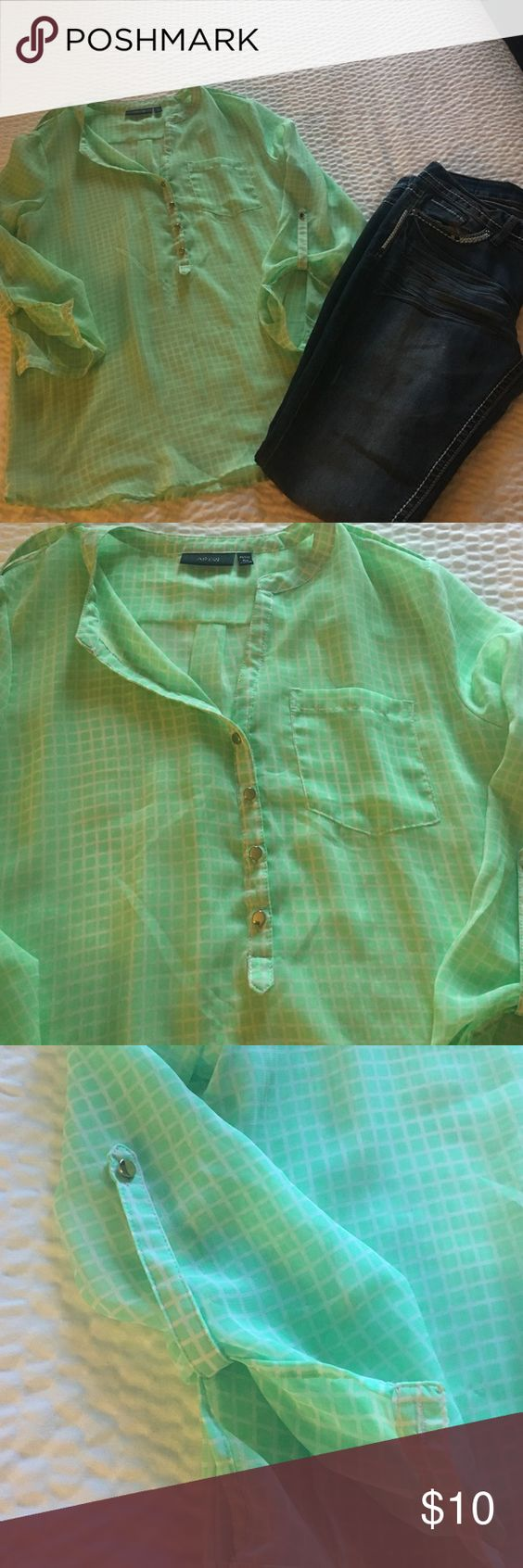 Green blouse Great condition light green color apt9 brand size petite pm Apt. 9 Tops