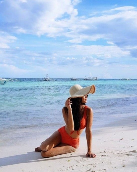 10 Instagram-Worthy Beach Poses to Copy From Celebrities this Summer - Star Style PH