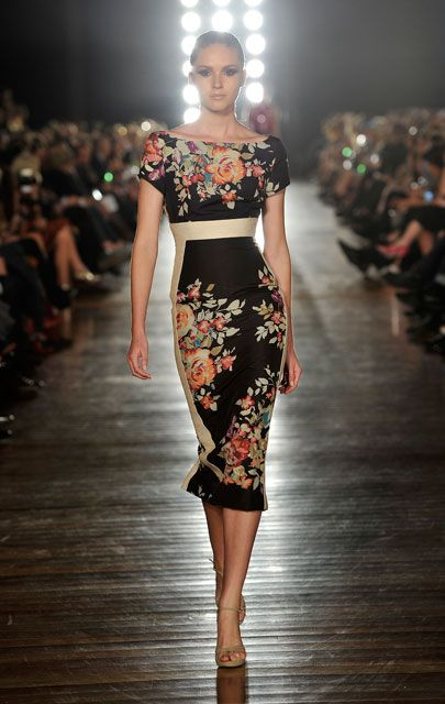 Alex Perry - chic florals