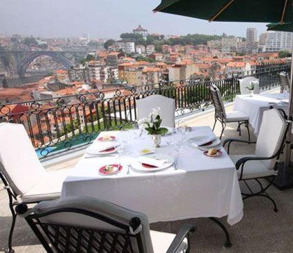 Porto flights switch to Gatwick. see news at silvertraveladvisor.com
