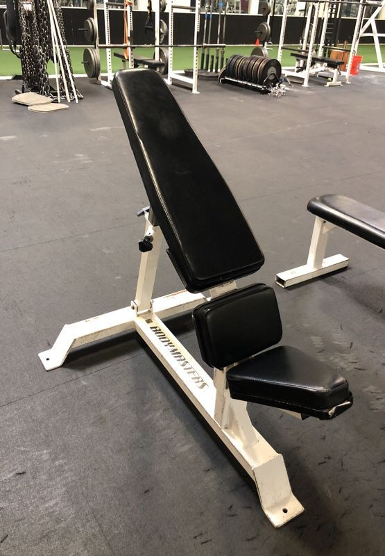 Adjustable Bench Press For Sale In 2020 Adjustable Bench Press Simple Home Decoration Industrial Style Dining Table
