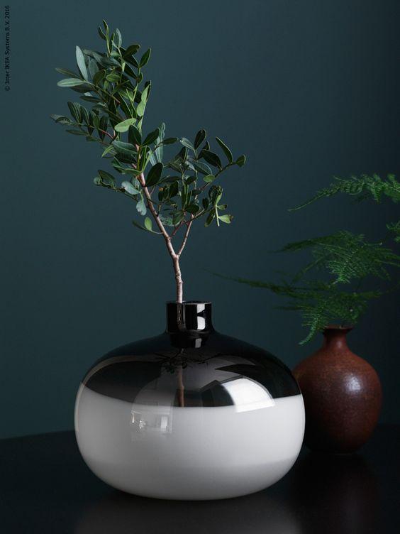 Sideboard Kok Ikea : FORMLIG vas lyfter fram enkelheten och uttrycket hos en vacker kvist