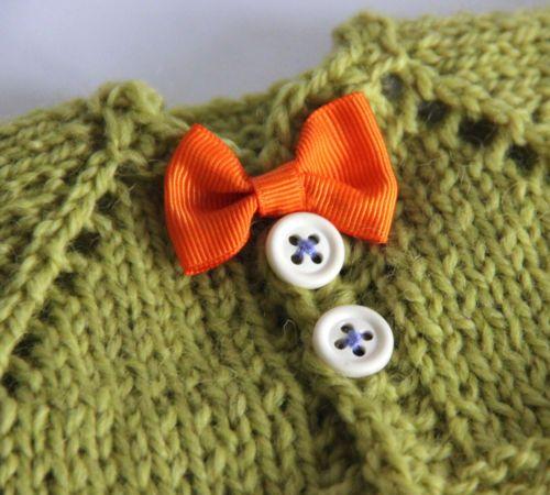 Unikat-Teddyjacke-fuer-ca-25cm-Baeren-Teddy-Puppenkleidung-Strickjacke-old-style