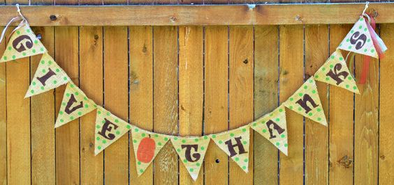 "Burlap Polka dot ""Give Thanks"""