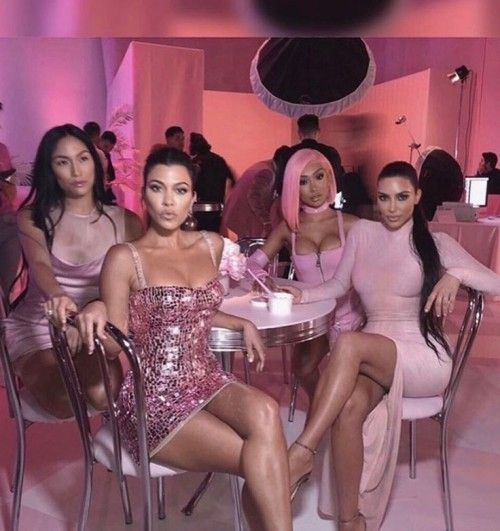 Pin By Vip Host1 On My Vibeee Kardashian Outfit Pink Glamour Kardashian Style