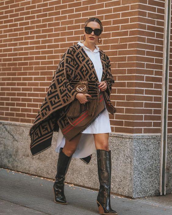 Fashion Trend: Capes zie je nu bij alle modemeisjes
