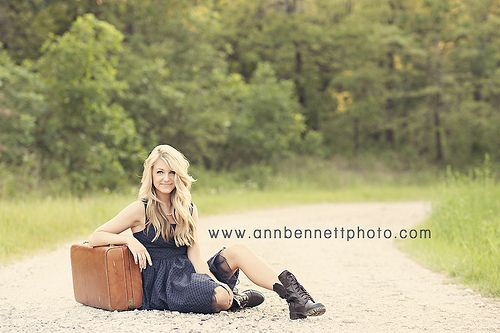 Creative Senior Pictures. Too cute! Growing up, moving out, love the suitcase.