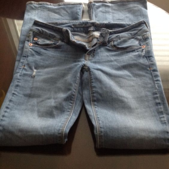 American eagle stretch jean, like new Distressed jean a&e, boot leg, long length American Eagle Outfitters Jeans