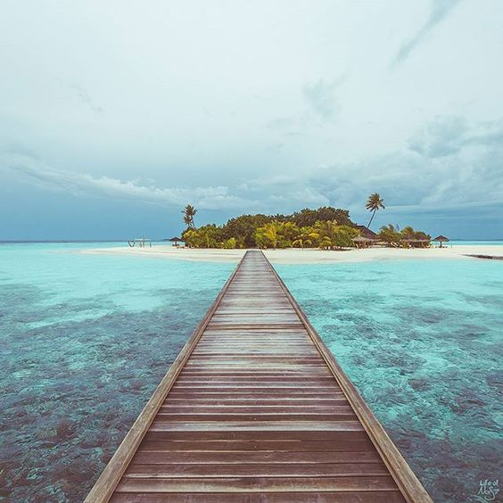 We never thought we would stay on a little island like this in Maldives JUST BY OURSELVES   Words couldn't describe how we felt walking this jetty, too amazing to be true. Huge thanks to @maafushivaru_mv for making this a reality.