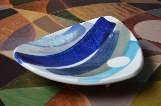 blue bowl by belatrova