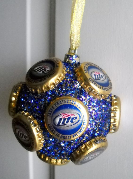 Miller lite beer bottle cap ornament by jennaevesblocks on for Crafts to do with beer bottle caps
