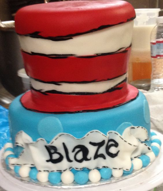 Cat in the Hat, Dr. Seuss cake