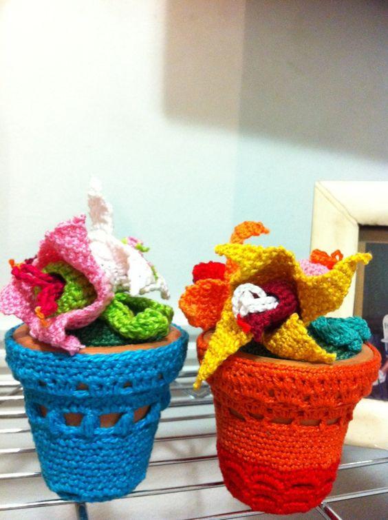 Flores e vaso de crochê, Eu que fiz !