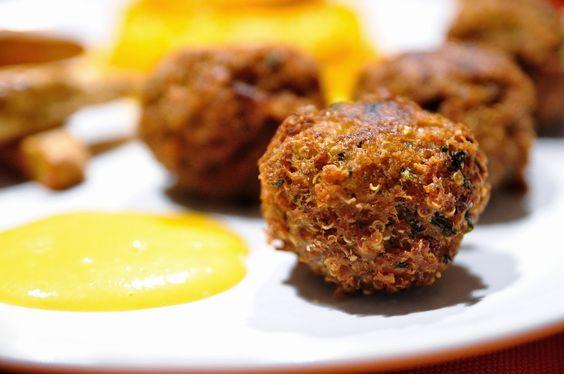 COCINAR PARA NUTRIR: Croquetas de quinoa y lentejas con mayonesa de mandarina