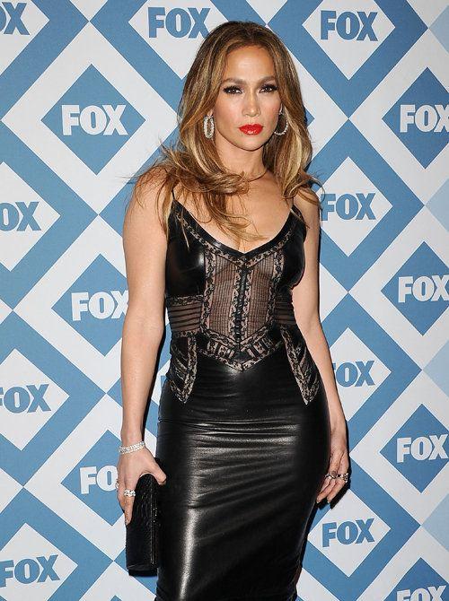 Jennifer Lopez, una auténtica 'femme fatale' vestida de cuero - Yahoo Tendencias España