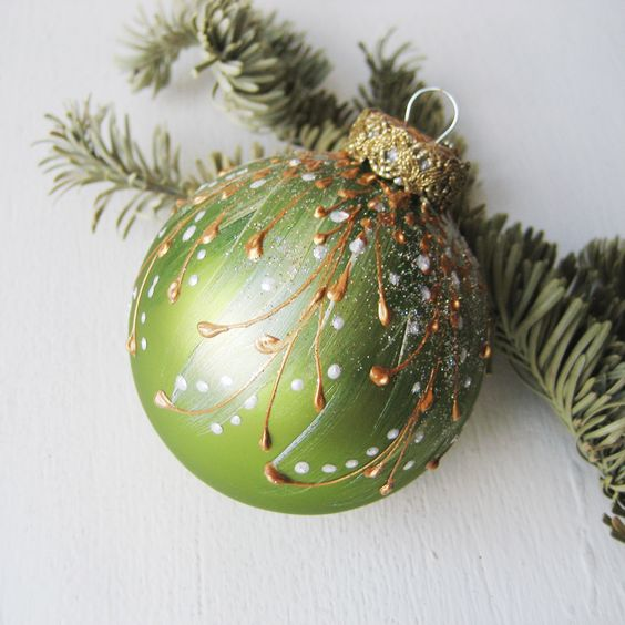 Faberge Inspired Christmas Ornament - Peridot Green || Christmas ornament, Christmas tree ball, glass bauble, glass ornaments, hand painted by SilverOwlStudio on Etsy https://www.etsy.com/listing/169268681/faberge-inspired-christmas-ornament: