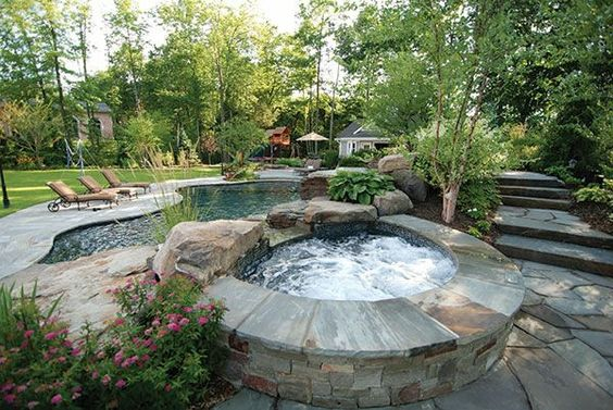 modernen-garten-mit-einem-jacuzzi-gestalten-whirlpool im garten, Gartengestaltung