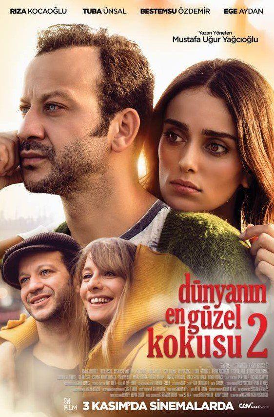 Dunyanin En Guzel Kokusu 2 Sansursuz Izle Hakan Ve Derya Koklu Arkadasliklarinin Ardindan Birbirlerine Asik Olmus Masalsi Bir A Film Romantik Filmler Sinema