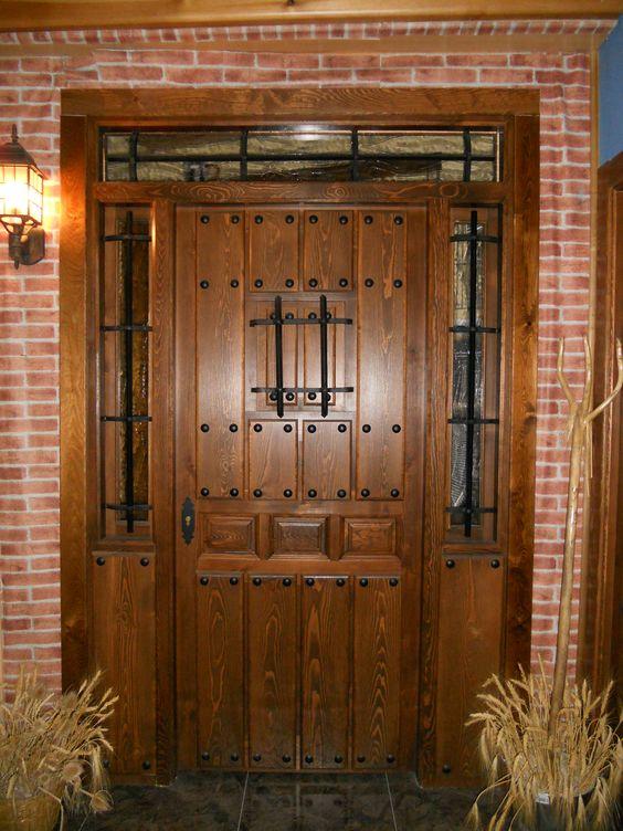 Puerta de entrada r stica puertas pinterest for Puertas principales de madera rusticas