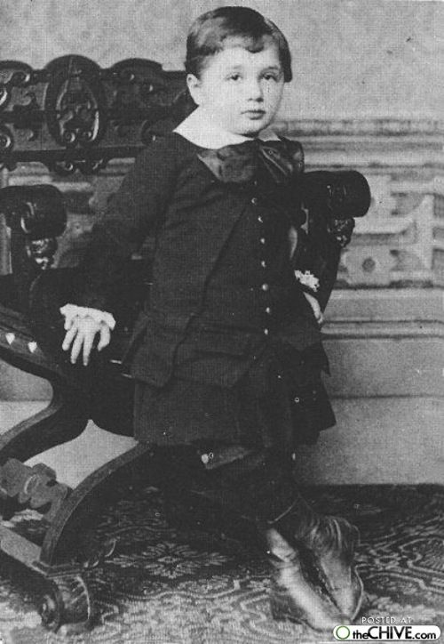 ALBERT EINSTEIN as a toddler _____________________________ Reposted by Dr. Veronica Lee, DNP (Depew/Buffalo, NY, US)