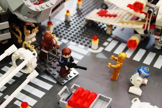Et Si Vous Vous Transformiez En Figurine Lego Lego - Adorable chipmunks go on playful adventures with lego star wars toys