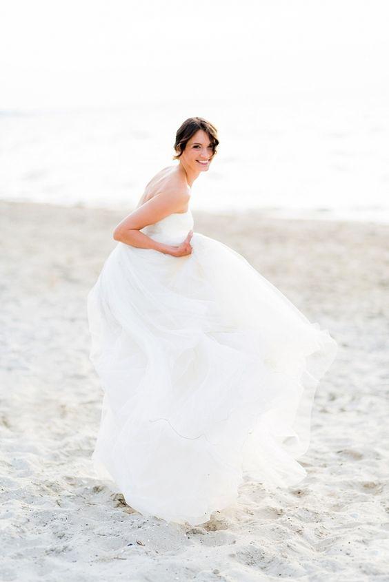 Pastellgeschichten_fotograf_hochzeitsfotograf_crusz_shooting_wedding_bride_braut_hochzeitskleid_brautmode_rembo_rouge_rose_kopflegenden_weddingdress_gown-18