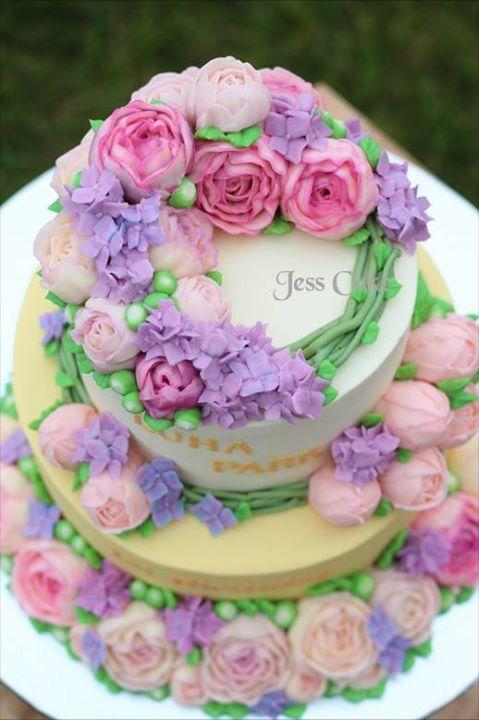 Cake Decorating Bagshot : Buttercream flower cake by JessCake Cakes Pinterest ...