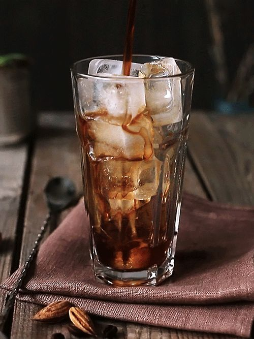 Eiskaffee - perfekt für die heiße Jahreszeit. #WirliebenKaffee