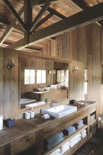 Maison en bois au cap ferret pour grande famille beautiful int rieurs blan - Salle de bain cocooning ...