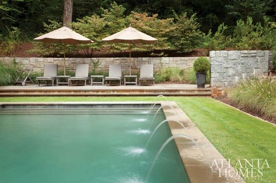 Landscape design by John Howard of Howard Design Studio