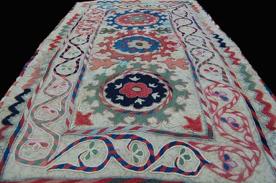 Usbekistan Filz Teppich Stickerei embroidered FELT rug
