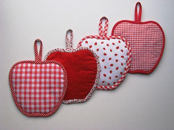 TUTORIEL : Petites Maniques en forme de pomme. Pourquoi pas pour Noël ?