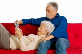 """""""Tapete mágico"""" alerta sobre queda de idosos e ajuda a prevenir futuros acidentes"""