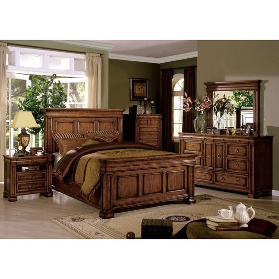 Furniture of America Claresse Traditional 4-piece Tobacco Oak Panel Bedroom Set
