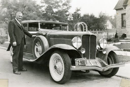 Dr. Frank B. Robinson and his Auburn automobile — Google Arts & Culture