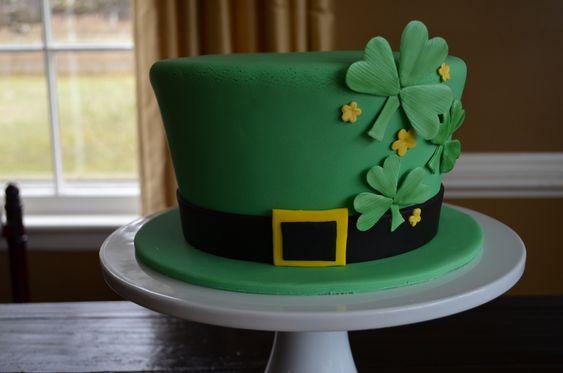 St. Patrick's Day cake - Fresh lemon cake with lemon buttercream