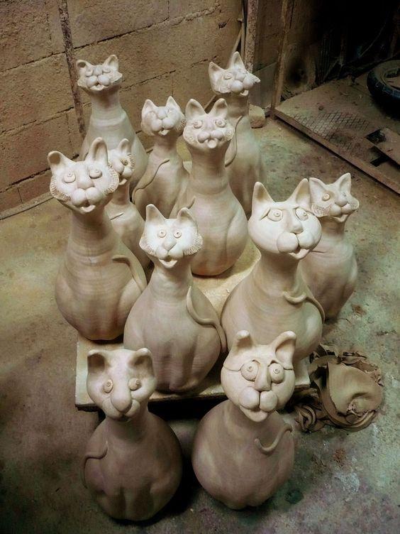 clay cats t pfern pinterest ton zuhause und katzen. Black Bedroom Furniture Sets. Home Design Ideas