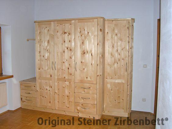 Fünfteiliger Schlafzimmerschrank aus Zirbenholz, maßgefertigt