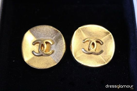 1993 Vintage Gold Chanel Earrings - DressGlamour.com