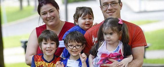 Gabrielle, 9 ans, appelle à la générosité des Québécois lors du Téléthon Enfant Soleil.Gabrielle est née avec une mastocytose systémique agressive, une maladie orpheline extrêmement rare. «Elle est le seul cas connu avec cette forme de la maladie au Canada..Cliquez sur la photo pour lire l'article