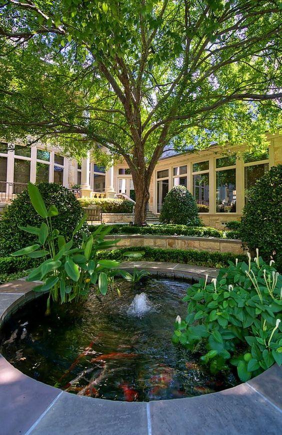 Décoration de jardin avec une fontaine pour bassin - Archzine.fr ...
