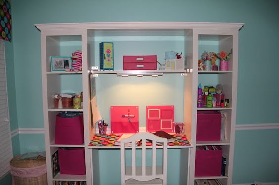 Dollhouse Bookshelf