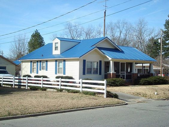 Pictures Of Houses With Blue Metal Roofs Ocean Blue