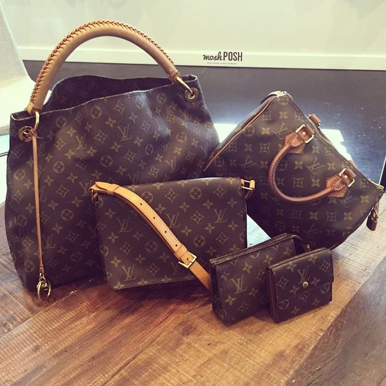 New LV in!! Call us at 813-258-8800 if you would like to purchase before they go online! #newarrivals #louisvuitton #lv #lvmonogram #lvartsymm #lvspeedy25 #lvshoulderbags #lvcosmeticcase #lvwallet #purselover #moshposhfinds #mymoshposh #designerconsignment #designerhandbags