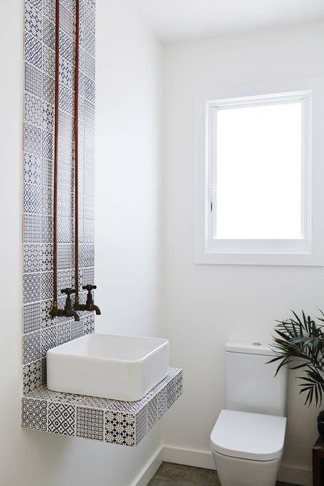 summer bathroom with mosaic backsplash