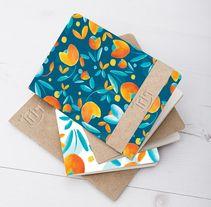 Estampado para una marca llamada Triq de accesorios en papel y tela