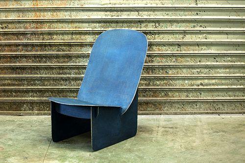 Tiss Tiss Un Fauteuil Bas Par A A Cooren Et David De Gourcuff Decoration Interieure Meubles A Usages Multiples Design